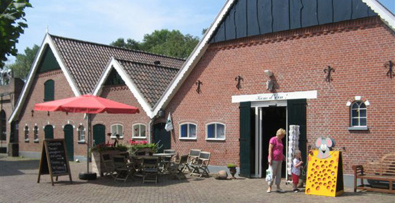 Kaasboerderij Weenink in Lievelde, Gelderland