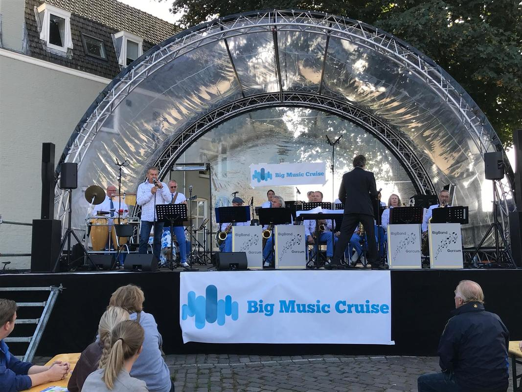 Big Music Cruise in Gorinchem, Zuid-Holland