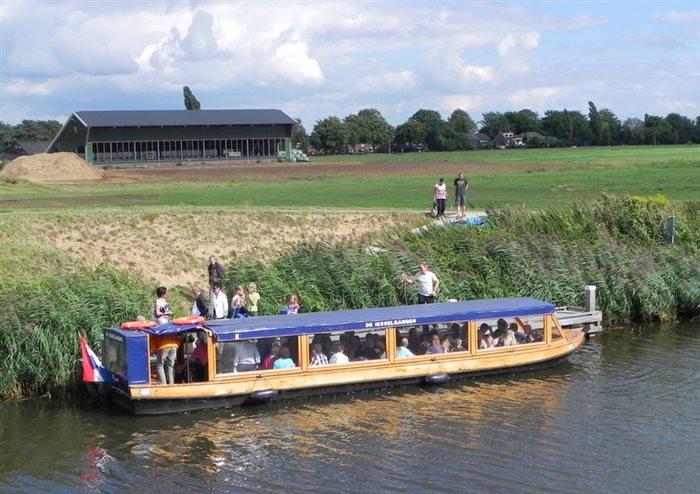 Rondvaart met de Iesselganger op de Oude IJssel in Ulft, Gelderland