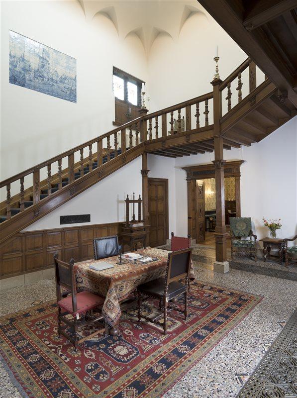 Huis Van Meerten in Delft, Zuid-Holland