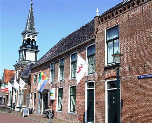 Aerden Plaats in Oude Bildtzijl, Friesland