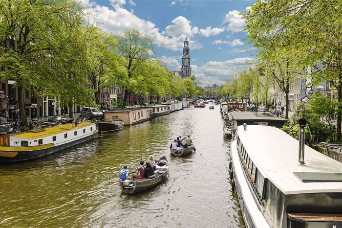 Boot huren Amsterdam - Canal Motorboats in Amsterdam, Noord-Holland