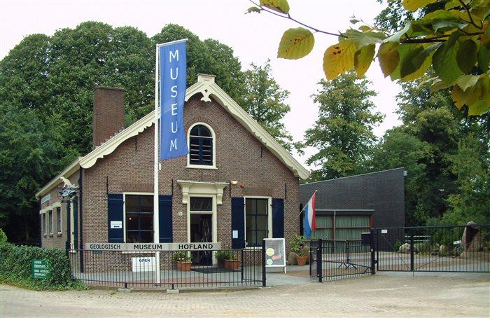 Geologisch Museum Hofland in Laren, Noord-Holland