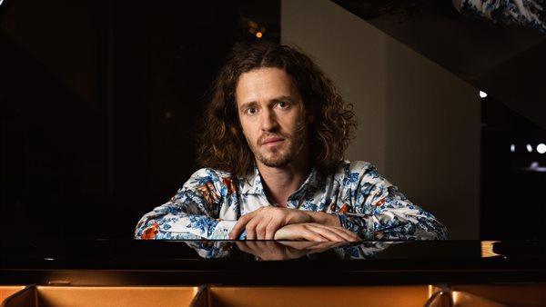Herfsttour Zanger-Pianist Roon Staal