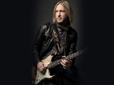 Kenny Wayne Shepherd Band - Q-Factory