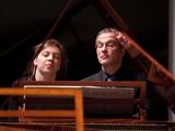 Concert door bijzonder pianoduo