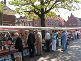 Boekenmarkt Tuindorp 't Lansink