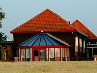 [img width=200 height=150]http://www.uitzinnig.nl/images/fotos/theater-de-wegwijzer.jpg[/img]